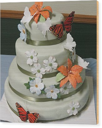 Wedding Cake For April Wood Print