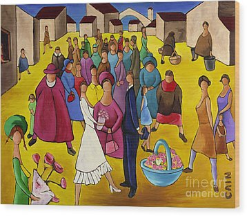 Wedding In Plaza Wood Print