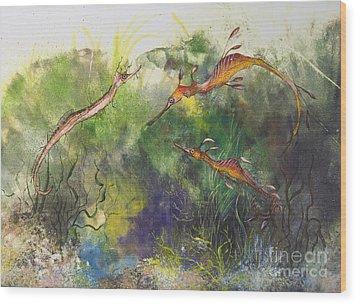 Weedy And Ribbon  Sea Dragons Wood Print by Nancy Gorr
