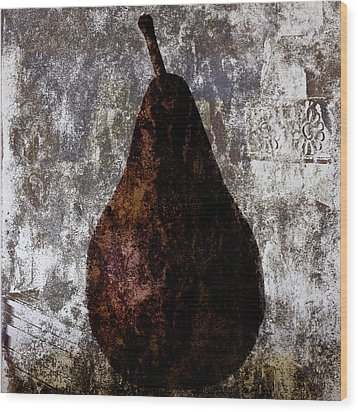 Well-read Pear Wood Print by Carol Leigh