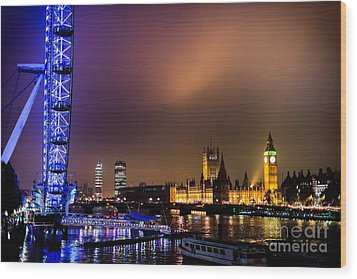 Westminster And Eye Night Glow Wood Print