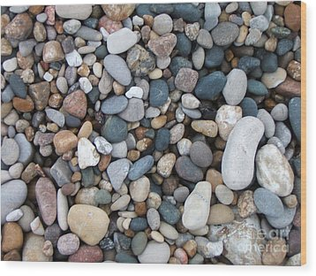 Wet Pebbles Wood Print by Margaret McDermott