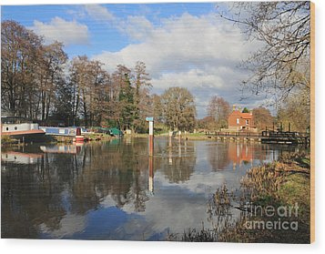 Wey Canal Surrey England Uk Wood Print