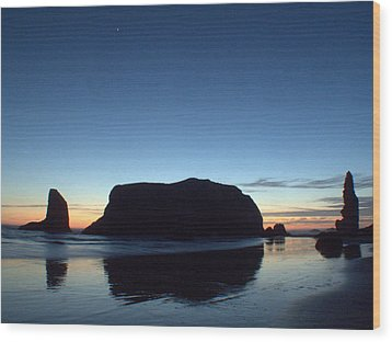 Wood Print featuring the photograph Whale Rock by Suzy Piatt
