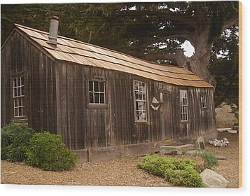 Whalers Cabin Wood Print by Barbara Snyder
