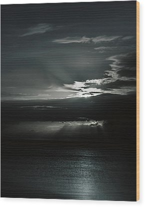 When The Sun Goes Down... Wood Print by Mario Celzner