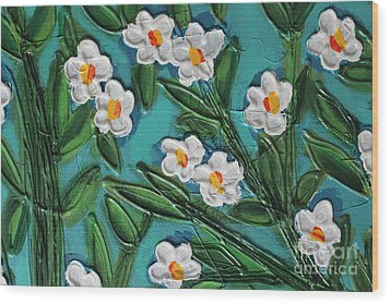 White Blooms 2 Wood Print by Cynthia Snyder