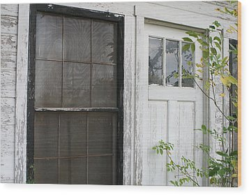 White Door Black Window Screen Wood Print by Paulette Maffucci