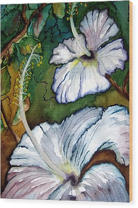 White Hibiscus Wood Print by Lil Taylor