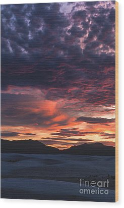 White Sands Sunset Wood Print by Sandra Bronstein