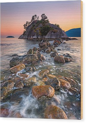 Whyte Islet Wood Print by Alexis Birkill