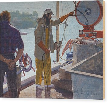 Wieghing The Catch Graymouth Wood Print by Terry Perham