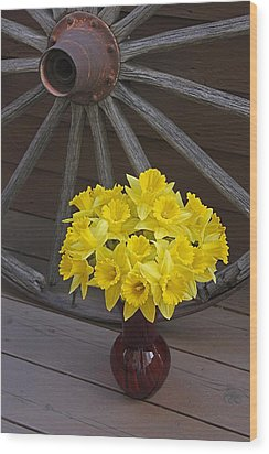 Wood Print featuring the photograph Wild West Daffodils by Diane Alexander