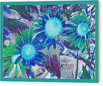 Wildflower Wood Print by Tom Druin