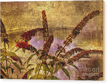 Wildflowers At The Pond Wood Print by Elaine Manley
