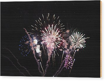 Wood Print featuring the photograph Wildwood Fireworks by Greg Graham