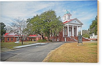 Wood Print featuring the photograph Williamsburg Presbyterian Church by Linda Brown
