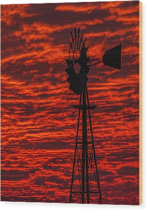 Wood Print featuring the photograph Windmill At Sunset by Rob Graham