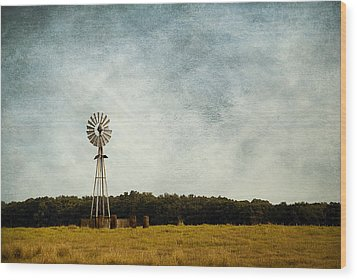 Windmill On The Farm Wood Print by Beverly Stapleton