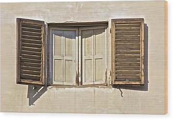 Window Of Tuscany Wood Print