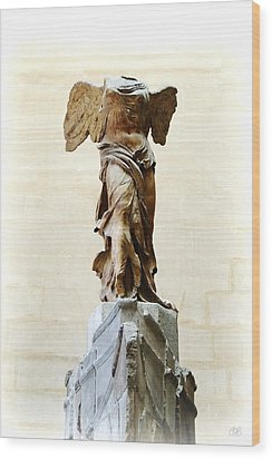 Winged Victory Of Samothrace Wood Print by Conor O'Brien