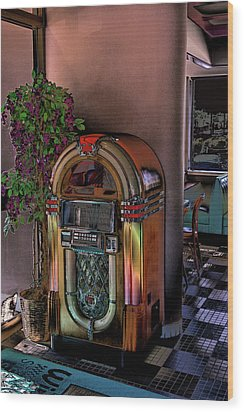 Winsteads Jukebox Wood Print by Tim McCullough