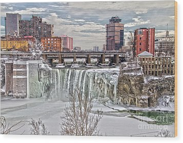 Winter At High Falls Wood Print by William Norton