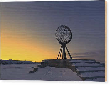Winter Beyond The Arctic Circle Wood Print by Ulrich Schade