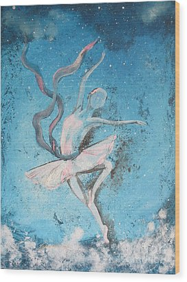 Winter Dancer1 Wood Print by Laurianna Taylor