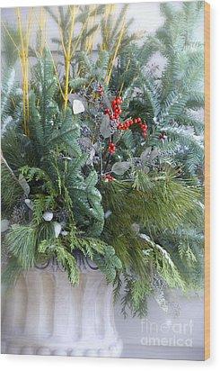 Winter Floral Arrangement Wood Print by Birgit Tyrrell