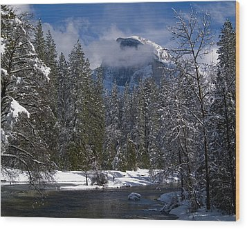 Winter In The Valley Wood Print by Bill Gallagher