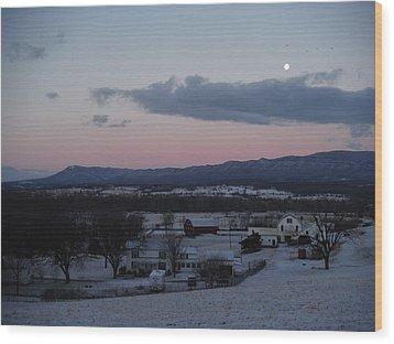 Winter Morning Moon Wood Print