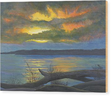 Winter Solstice At The Confluence Of The Mississippi And The Missouri Rivers Wood Print by Garry McMichael
