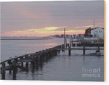 Winter Sunset Freeport Wood Print by John Telfer