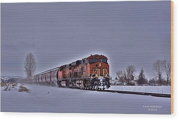Wood Print featuring the photograph Winter Train by Lynn Hopwood
