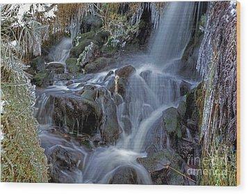 Winter Waterfall In Goyt Valley Wood Print by David Birchall