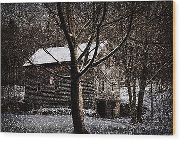 Winters At The Farm Wood Print