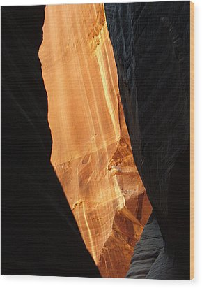 Wire Pass - Buckskin Wash 10 Wood Print by Jeff Brunton