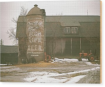 Wisconsin Barn With Silo Wood Print