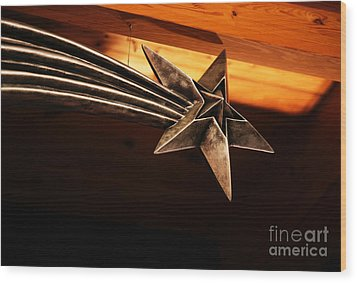 Wish Upon A Shooting Star Wood Print by Linda Shafer
