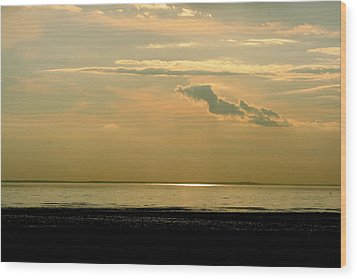 Wispy Sunset Wood Print
