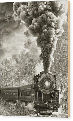 Wmsr Steam Engine 734 Wood Print by Jeannette Hunt