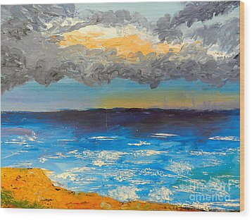 Wollongong Beach Wood Print by Pamela  Meredith