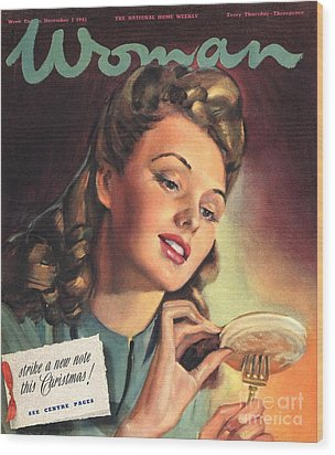 Woman 1945 1940s Uk People Eating Wood Print by The Advertising Archives