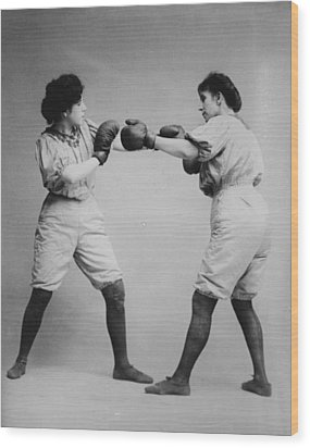 Woman Boxing Wood Print by Bill Cannon
