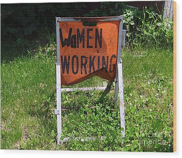 Wood Print featuring the photograph Women Working by Ed Weidman