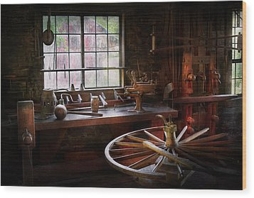 Woodworker - The Wheelwright Shop  Wood Print by Mike Savad