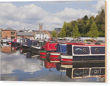 Worcester Diglis Basin Narrow Boats Wood Print by Colin and Linda McKie