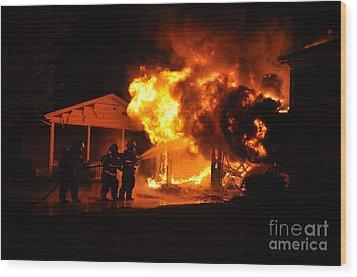 Working Garage Fire Wood Print by Steven Townsend