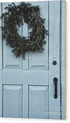 Wreath On Old Blue Door Wood Print by Birgit Tyrrell